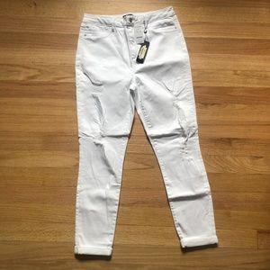 *NWT* bebe high rise heartbreaker cropped jeans
